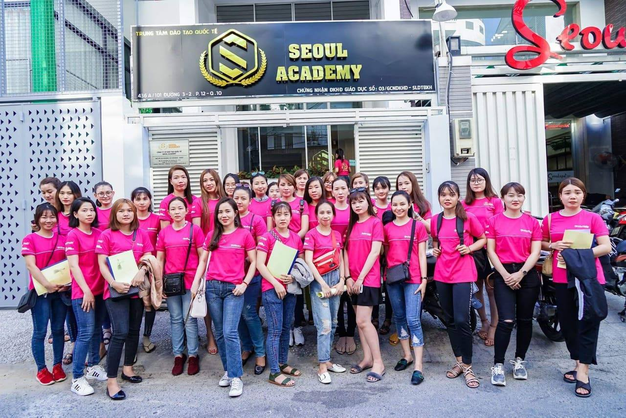Học viên Seoul Academy tốt nghiệp Khá - Giỏi có cơ hội làm việc tại hệ thống Seoul Spa