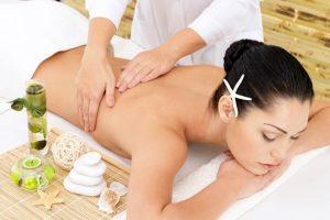 Nghề massage body đang được nhiều chị em yêu thích