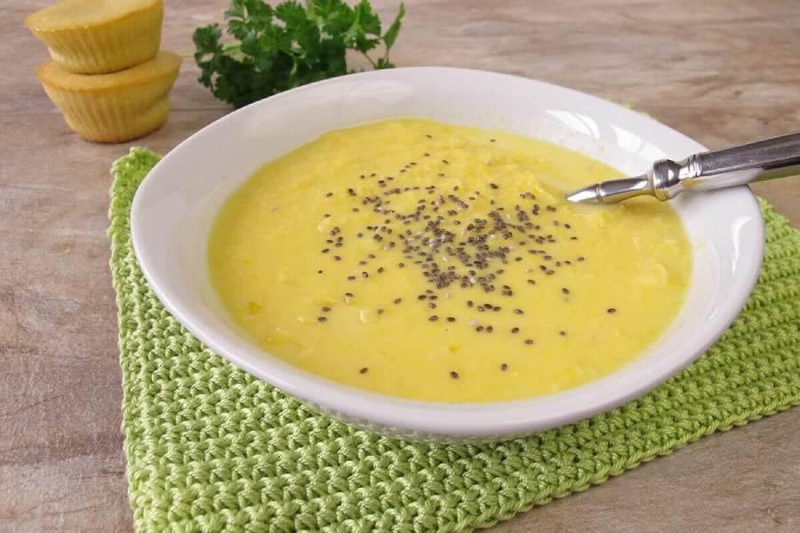 Nấu soup hạt chia để bổ sung vào thực đơn giảm cân