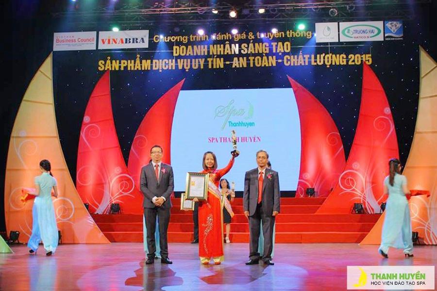 Học viện quốc tế spa Thanh Huyền liên tục nhận những giải thưởng danh giá