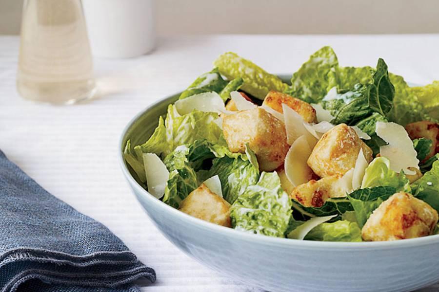 Bữa tối nên ăn ít và ăn nhiều rau xanh