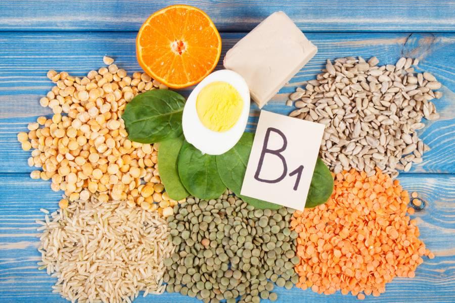 Vitamin b1 có nhiều trong các loại đậu, rau bina, các loại hạt...